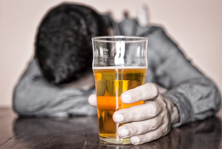6 Benefits Of Cutting Alcohol Out Of Your Life