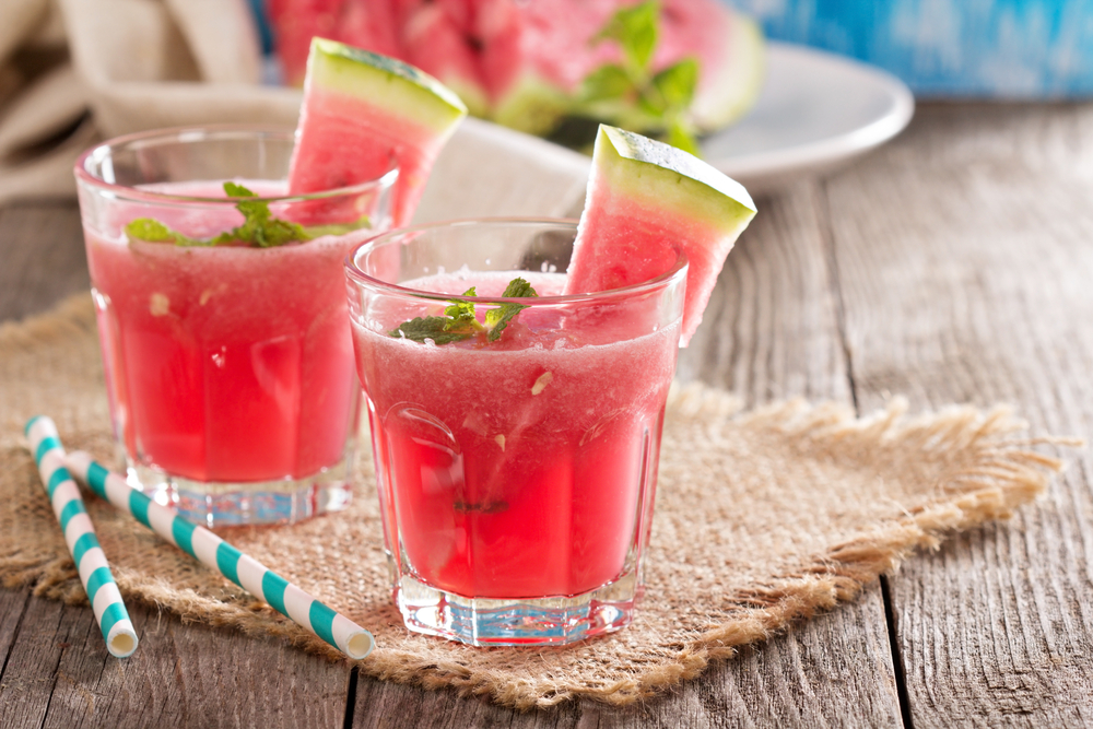 healthy drinks in heat of the summer
