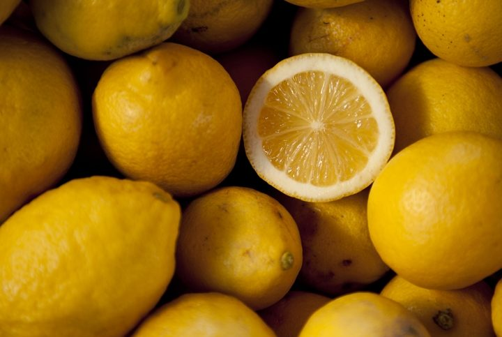 Lemon Juice; Top 10 Health Benefits of Drinking it